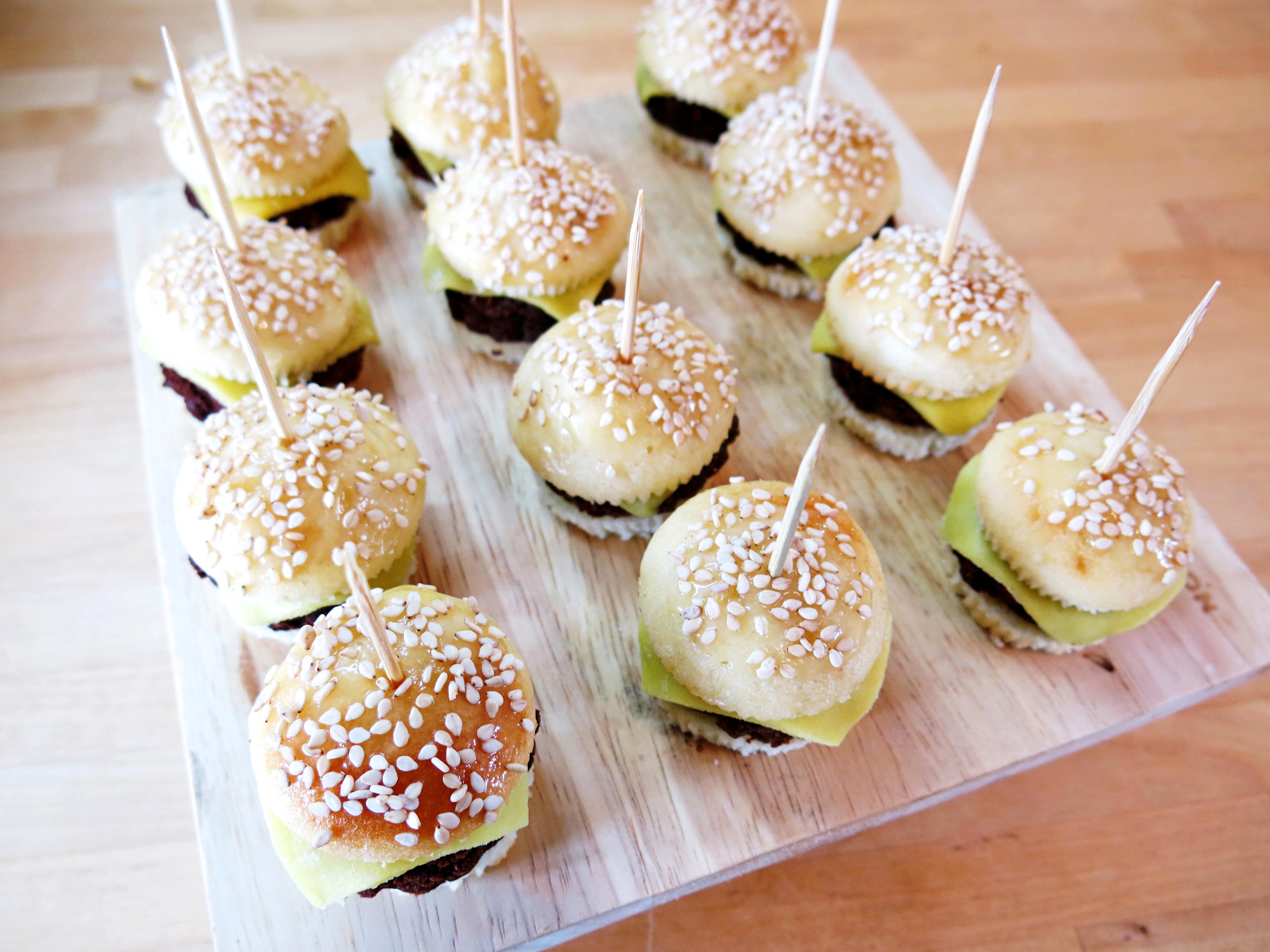 burger cupcakes scarlett curtis